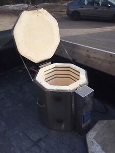 Perfect Fire Pottery Kiln - Great Working Condition