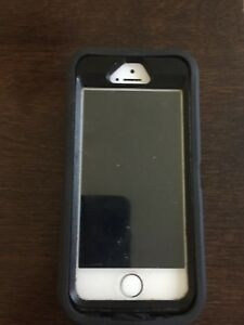 Iphone 5 s otterbox case