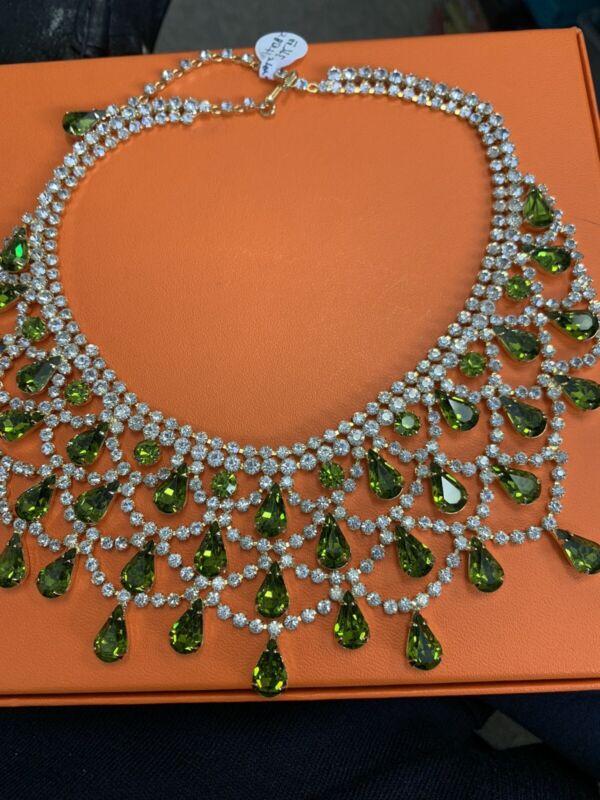 Hobe Green Necklace & Earrings Set