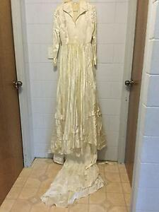 Vintage wedding dress Cooktown Cook Area Preview
