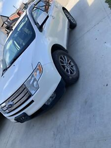Ford Edge awd new tires