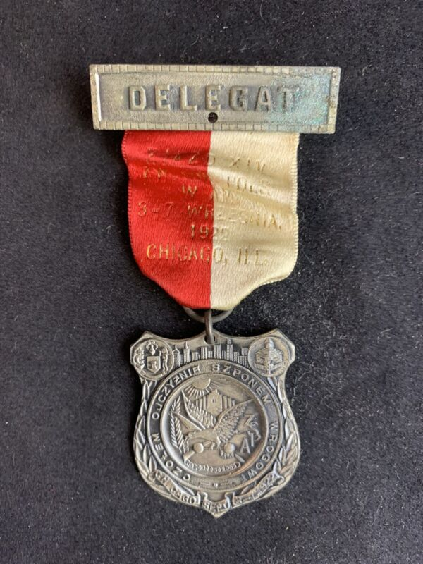 Vintage 1922 Polish American National Convention Delegat Lapel Pin Medal