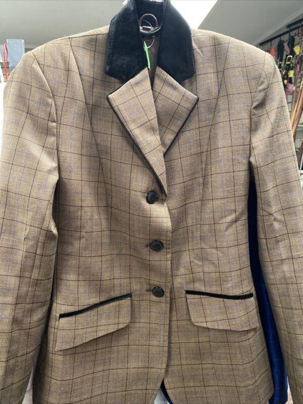 CLASSY hunt seat jacket Size 6