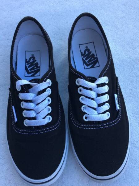 ebb3028a9279f5 Vans Authentic Black Shoes rrp  99.99