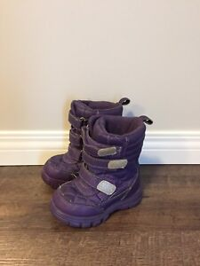 Children's place toddler size 8