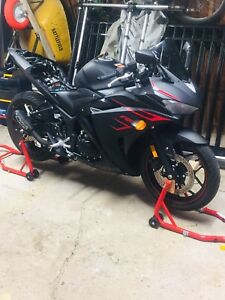 MINT CONDITION - 2017 YAMAHA R3 ABS + EXTENDED WARRANTY