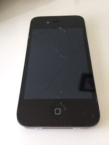 Iphone 4, 14 GB, works perfectly