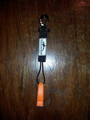 SNAP HOOK NEXUS MARINE SAFETY WHISTLE SCUBA HIKING WALKING