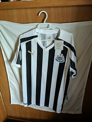 Nueva - New   Original   Camiseta de futbol   Talla M...