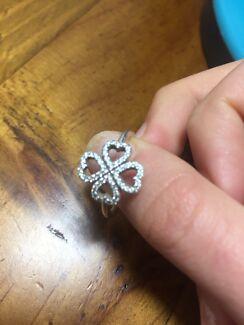 Pandora four leaf clover ring