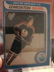 Rookie Cards. Gretzky, Bourque ,Coffey ,Belfour, Hasek, Etc.