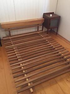 Queen size futon bed frame Spring Hill Brisbane North East Preview