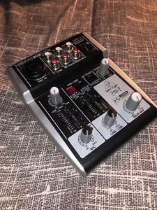 Behringer Xenyx 302 USB pre-amp/ mixed 48v