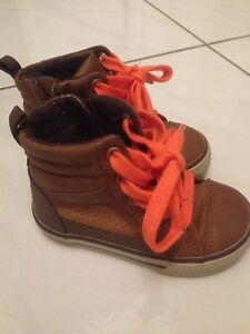 Gap Toddler Size 5 Boots
