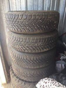 Tite and rims for sale