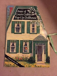 The Anne of Green Gables Pop-Up Dollhouse