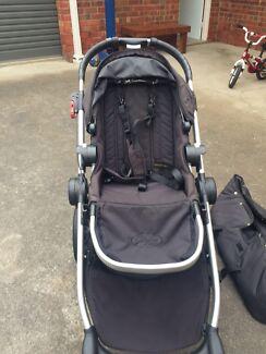 Wanted: Baby jogger city select pram