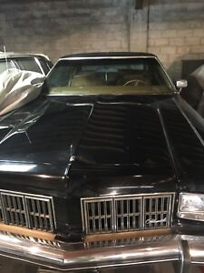 1975 Oldsmobile 98 Regency 4 Door Hardtop. One Owner Car