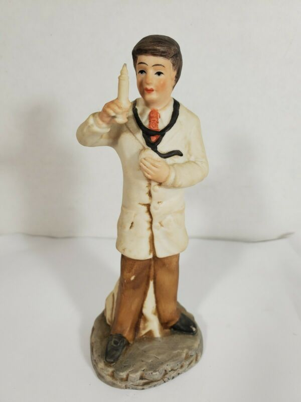 """Vintage Ayerst Pharmaceutical DOCTOR with Hypodermic Needle Figurine 5"""""""