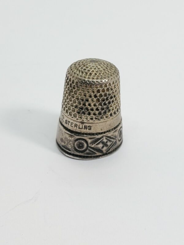 Antique Sterling Silver Sewing Thimble 10 (21)