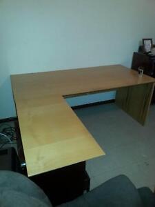 Office Study Desk Rivervale Belmont Area Preview