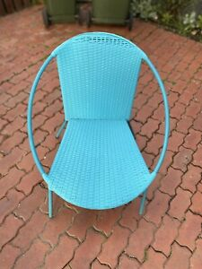 Blue outdoor chair in great Condition