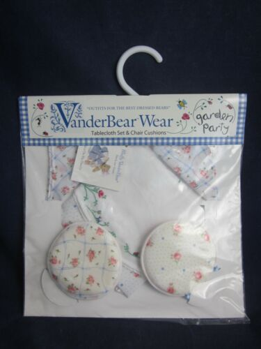 MUFFY VANDERBEAR Garden Party 1998 Tablecloth Set & Chair Cushions NEW PACKAGE