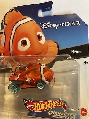 Nemo - Disney / Pixar Character Cars - Hot Wheels FINDING NEMO Movie Shark Bait