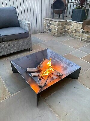 Fire Pit Outdoor Garden 🇬🇧