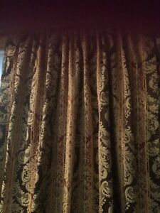 Beautiful rod packet drapes