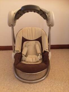 BABY SWING MAMA & PAPAS BRAND Duncraig Joondalup Area Preview