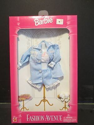 Barbie doll Fashion Avenue outfit by Mattel 1995