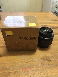 Nikon  AF nikkor 50mm lense F1.8