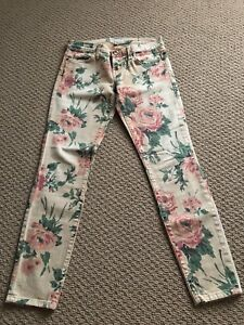 Current Elliot Stiletto Haystack Floral Denim Jeans Aritzia
