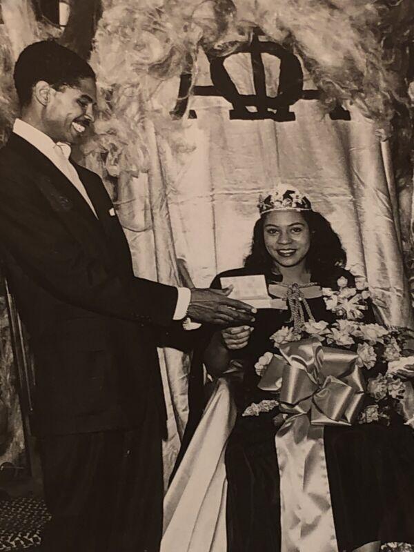 1962~ NAACP Freedom Elegante Crowned AKA Sorority Queen / Black Man Radio Host
