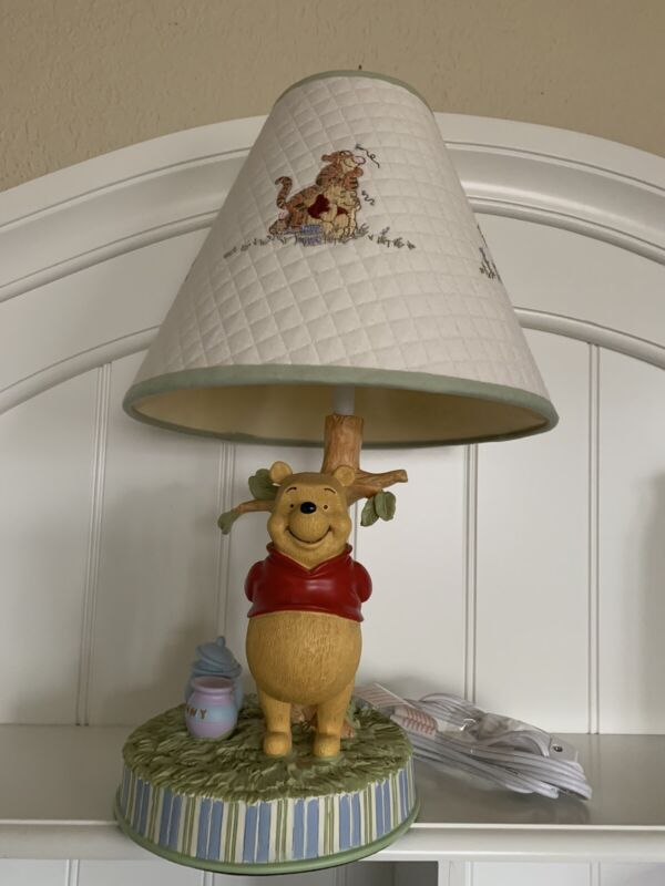 Disney Classic Winnie The Pooh Nursery Toddler Lamp With Lampshade Neutral Works