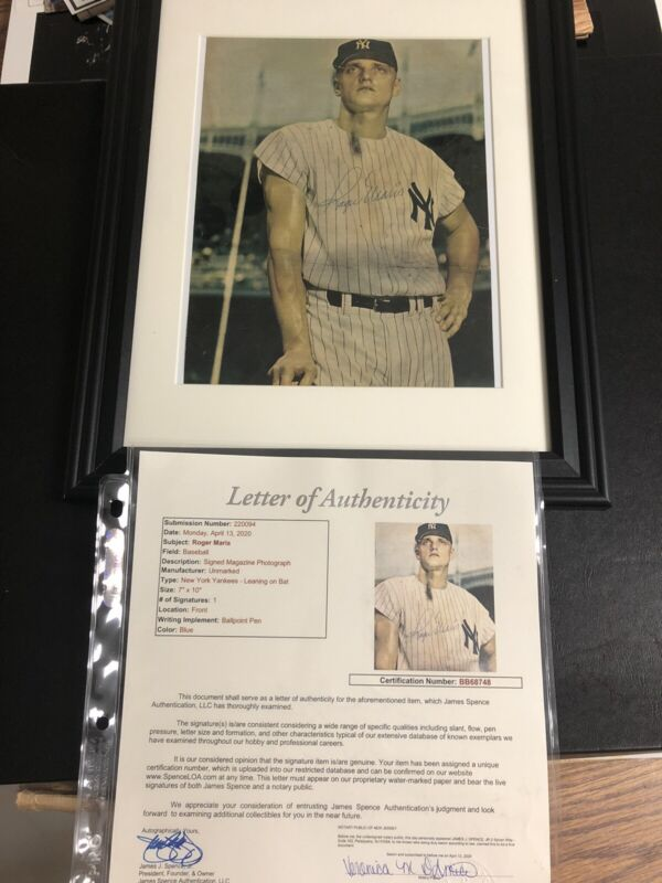 Autographed Roger Maris 8x10 Photo Franed JSA Letter Signed Small Mark By Face