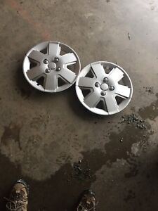 "15"" hub caps only 2"