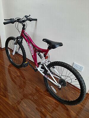 """Girls MuddyFox Mountain Bike 20"""" wheels"""