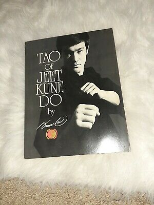 Tao of Jeet Kune Do - Paperback By Lee, Bruce -