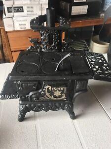 Antique cast iron doll stove