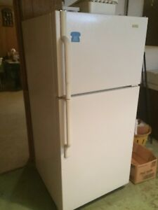 APPLIANCES AND FURNITURE FOR SALE...