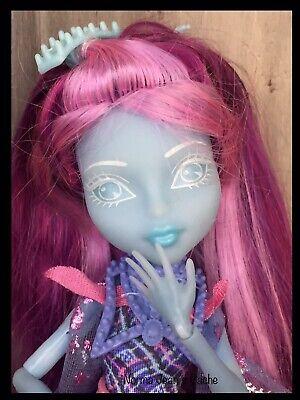 MONSTER HIGH Doll Kiyomi Haunterly Student Spirits Stand & Brush