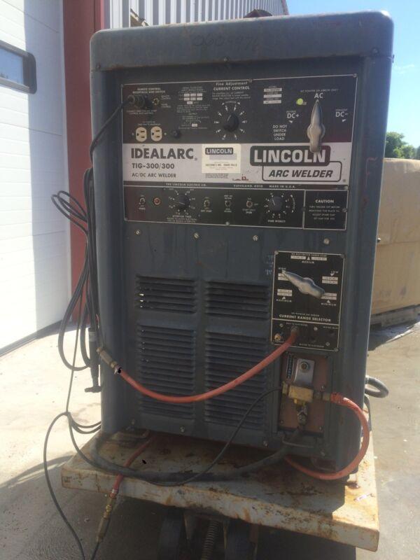 LINCOLN IDEALARC TIG 300 / 300 ARC WELDER STICK METAL AC DC