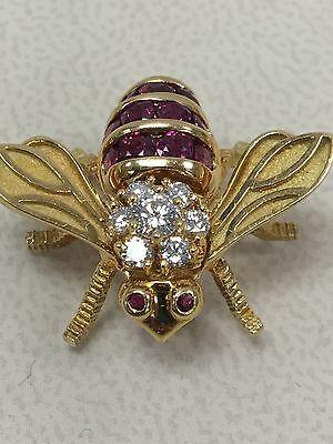 VINTAGE HERBERT ROSENTHAL 18 KARAT YELLOW GOLD PIN BROOCH BEE DIAMOND RUBY