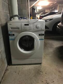 7.5kg LG Washing Machine