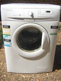 Electrolux 7kg/3.5kg Washer Dryer combo unit Coes Creek Maroochydore Area Preview