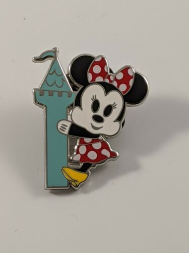 Disney Pin Trading Disney Cruise Line Minnie Mouse You Can Call Me Captain Pin