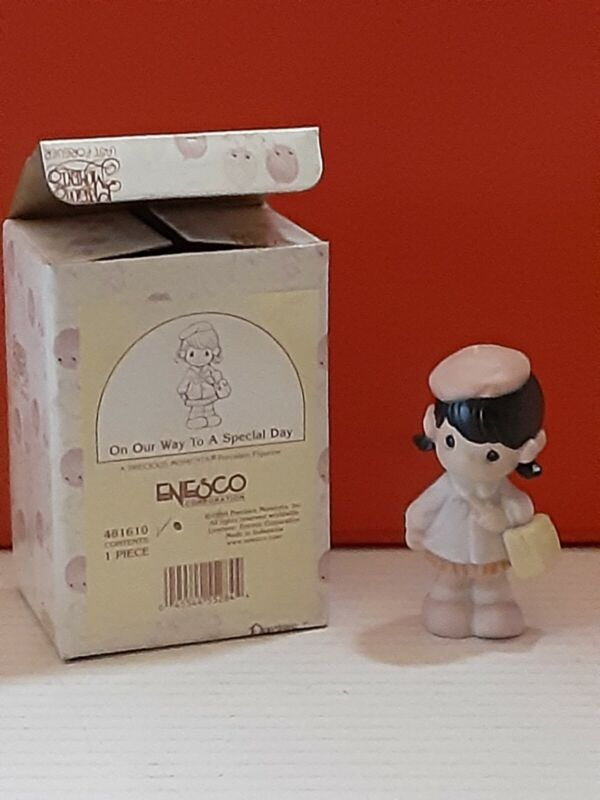 """1998 PRECIOUS MOMENTS Enesco 3.5"""" Figurine ON OUR WAY TO A SPECIAL DAY Girl"""
