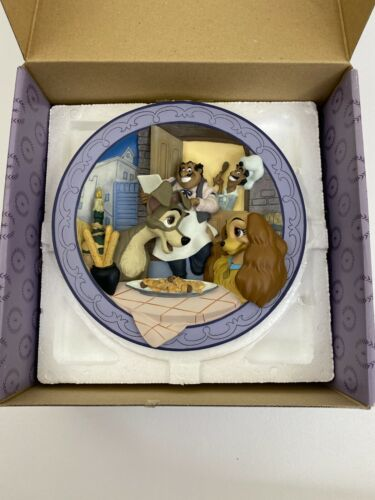 Disney Lady and the Tramp  Bella Note 3d Decorative Plate